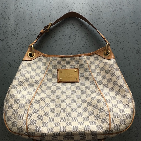 edd1b564e62 Louis Vuitton Handbags - Authentic Louis Vuitton Daniel Azur GALLIERA PM